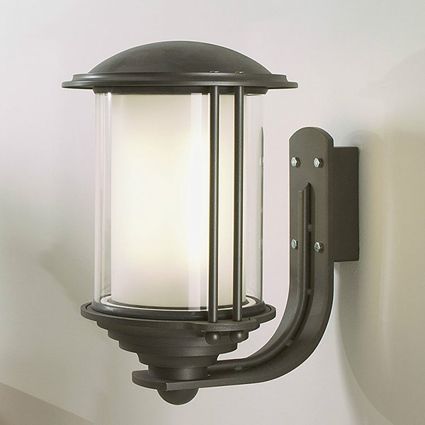 Wall Lamps External : Maintenance - Black Box Energy